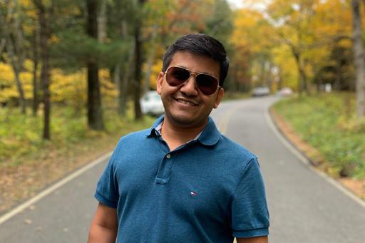 Hitesh_profile-512